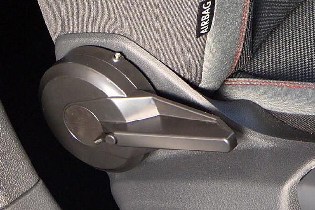 VW ポロ AW1 / T-クロス  シートアングル アジャスター Type-B