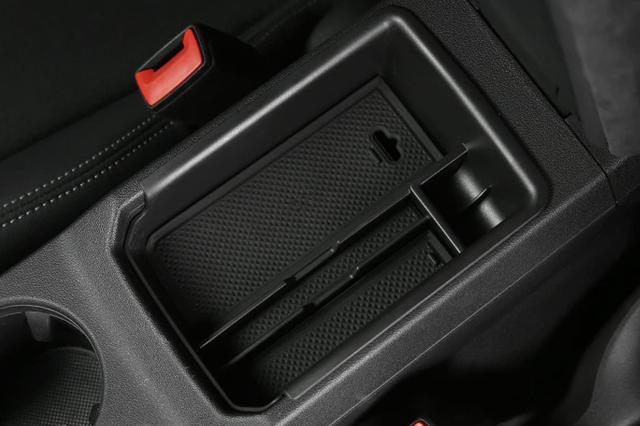 Audi A3/S3 (8Y) セカンダリ ストレージ (小物入れ)
