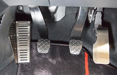 COX VW up!用 アクセルペダルカバー