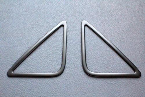 Audi Q3 フロントツィーター トリム