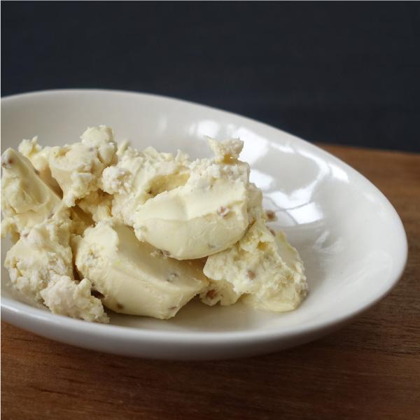 チーズの味噌漬 -粒マスタード-