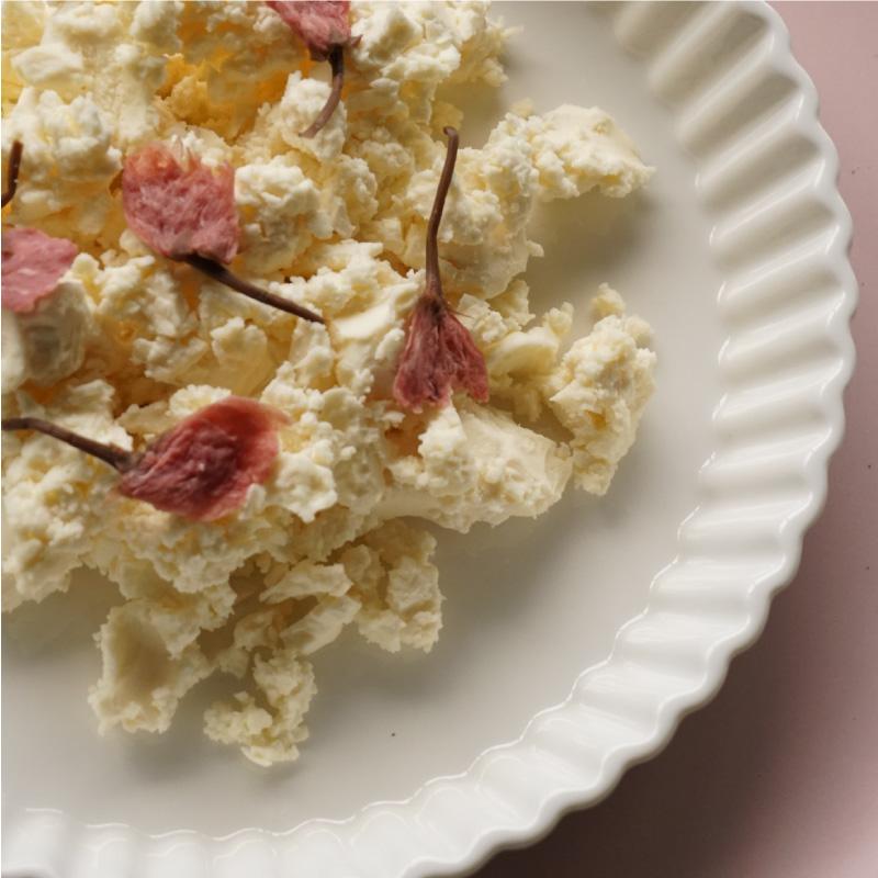 季節の小さなチーズ3種 (味噌・酒粕・七味)