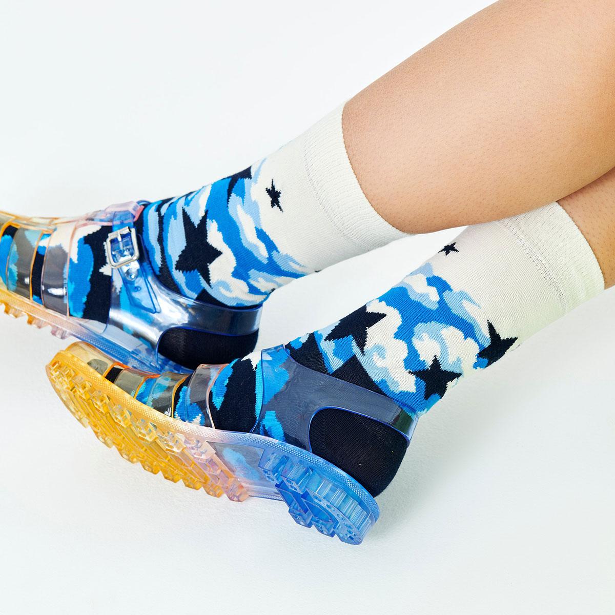 Happy Socks ハッピーソックス  STARS ( スターズ ) クルー丈 綿混 ソックス 靴下 ユニセックス メンズ & レディス プレゼント 贈答 ギフト 10211013【ゆうパケット220円・4点まで】