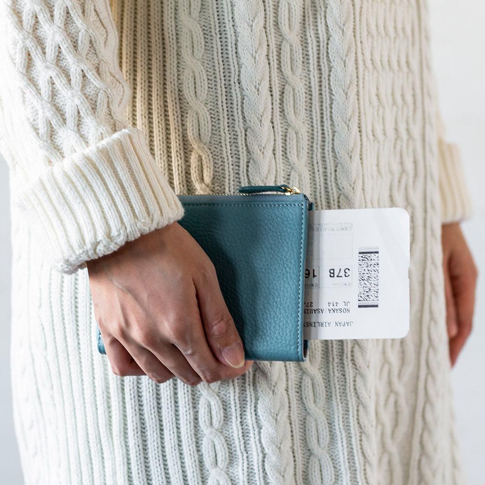 [名入れ無料]イタリアンレザー L字ファスナー パスポートケース パスポート入れ 本革 レディース 女性用[Chiocciola/キオッチョラ]  [あす着対応]
