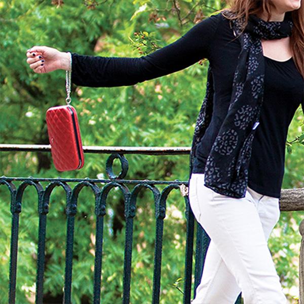 正規日本代理店 OGON フランス製 アルミ キルト レディース バッグ クラッチバッグ ポシェット ミニショルダー ショルダーバッグ アルミニウム スキミング防止[OGON/オゴン][あす着対応]