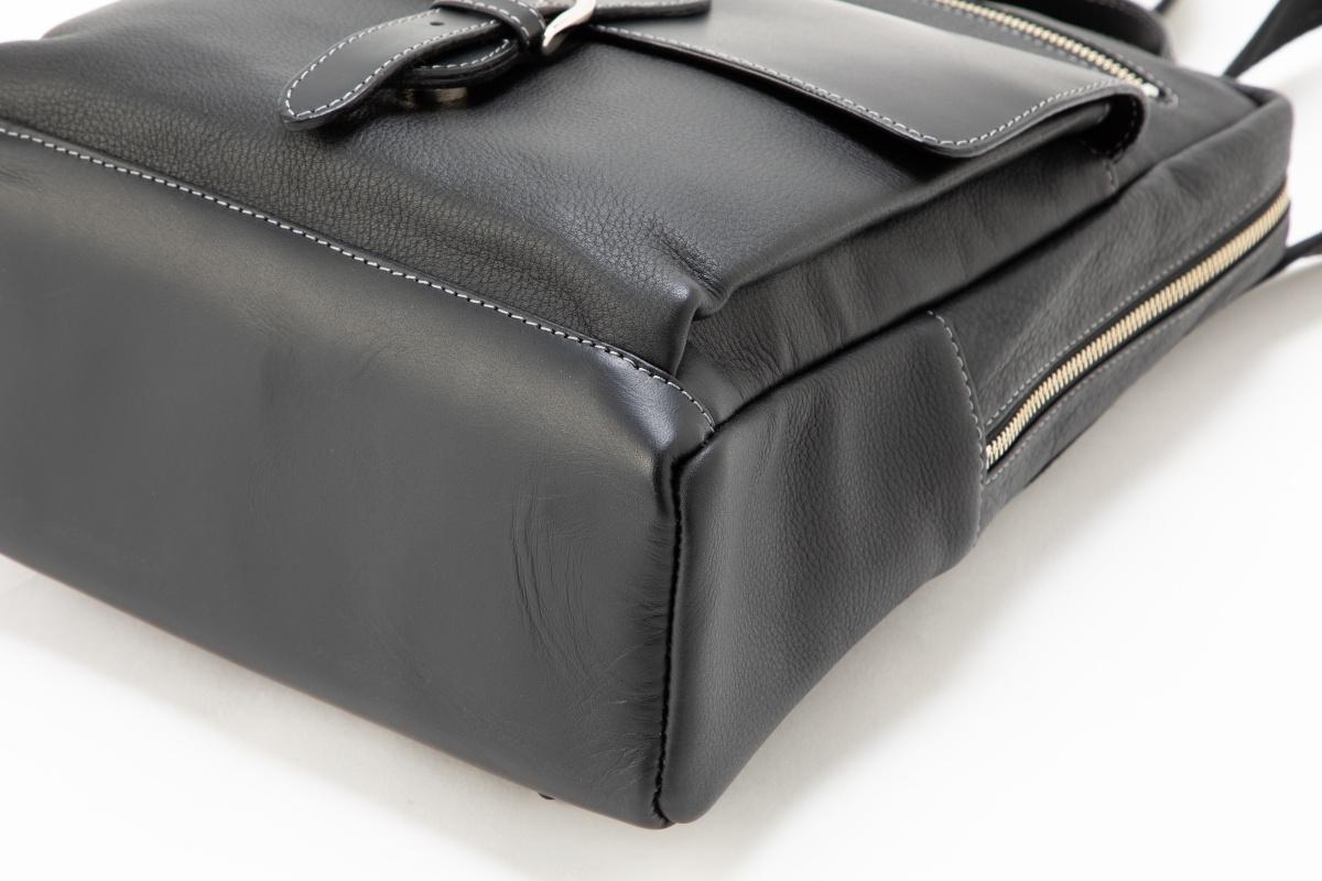 革 鞄 銀座タニザワ リュックサック ソフティー 角型 (ブラック)