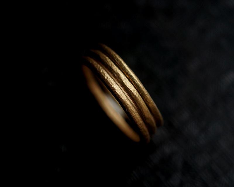 Kuraishi Takamichi /  「三つの寄り添う純朴な指環」