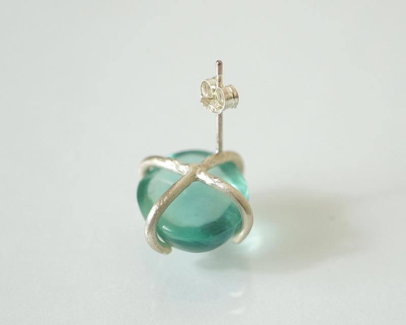 yuka ishikawa / 「beautiful memories earring」 フローライトB