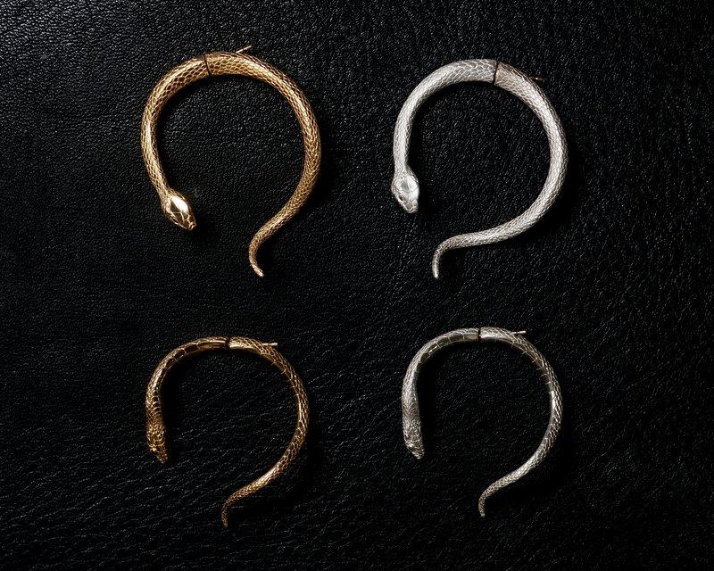 ELCAMI 蛇ピアス L ゴールド (EPS-116G)