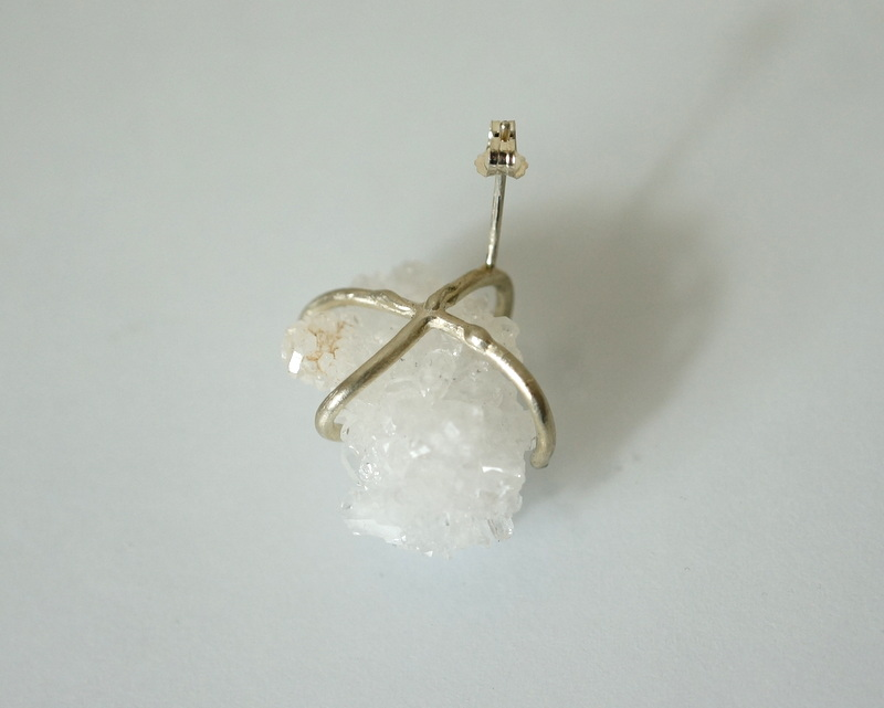 yuka ishikawa / 「beautiful memories earring」 クォーツ