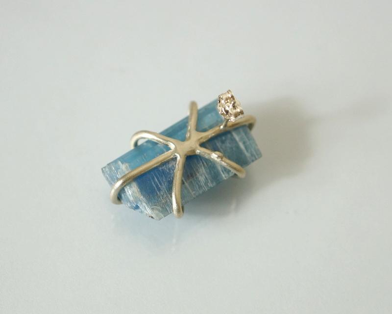 yuka ishikawa / 「beautiful memories earring」 タンザナイトA