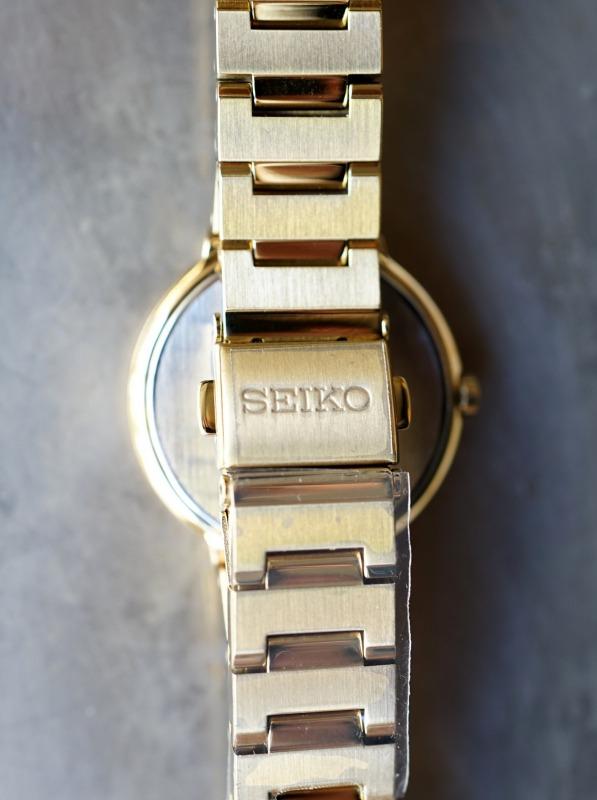 SEIKO ソーラーウォッチ SUP386