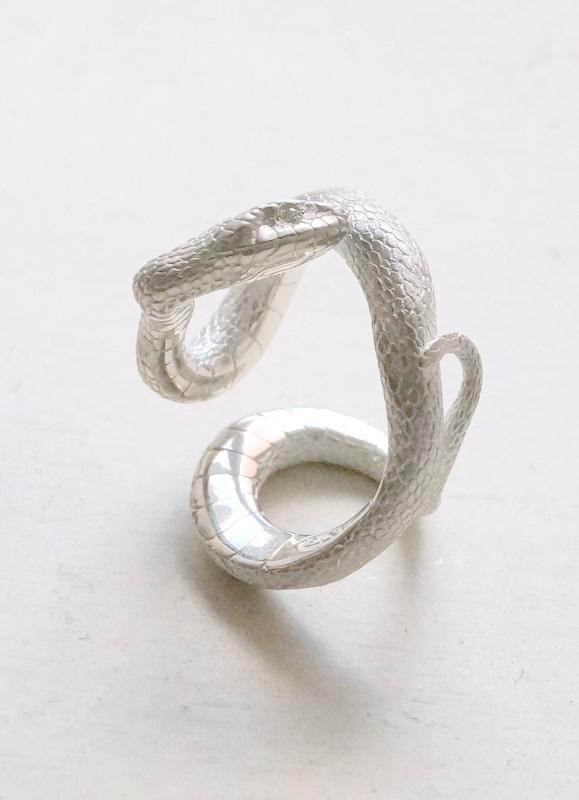 ELCAMI 蛇リング シルバー (ER-065S)