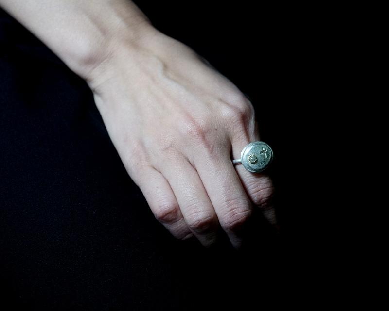 Kuraishi Takamichi / 巡る指環  「祈りのメダル」