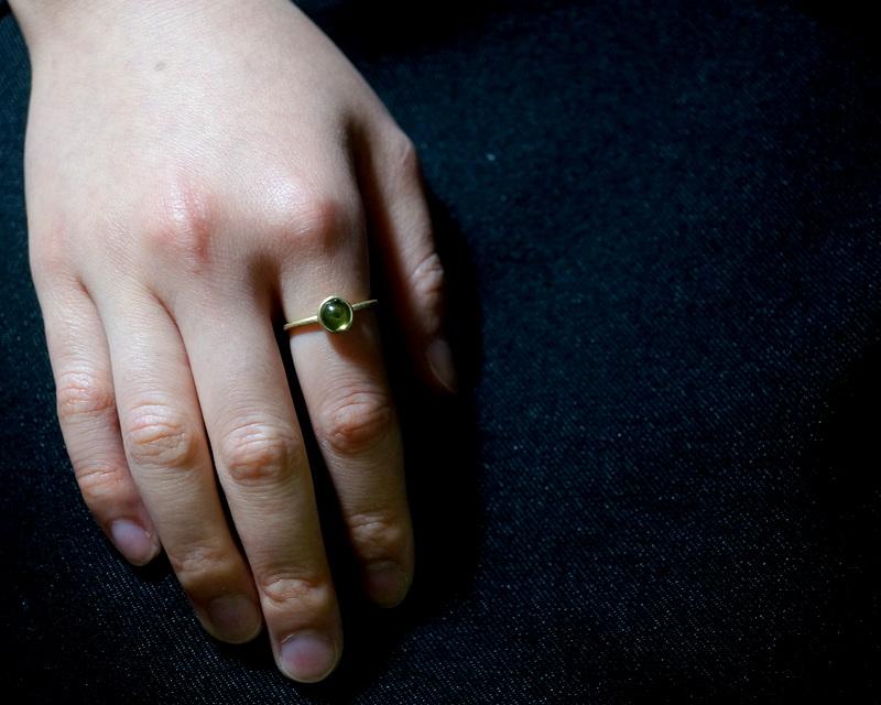Kuraishi Takamichi /  K18YG×ペリドット 「緑の実」