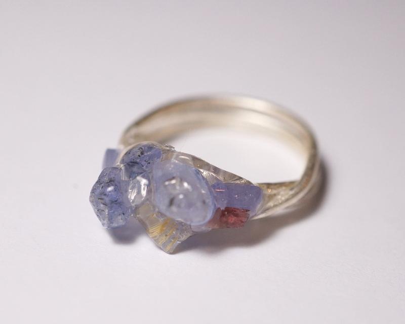 yuka ishikawa / 「beautiful memories ring」 水晶×ルチルクォーツ×アイオライト×フローライト×ガーネット
