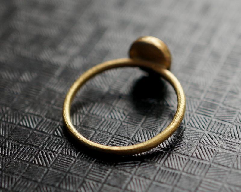 Kuraishi Takamichi /  K18YG×ベトナムサファイア 「青包の環」