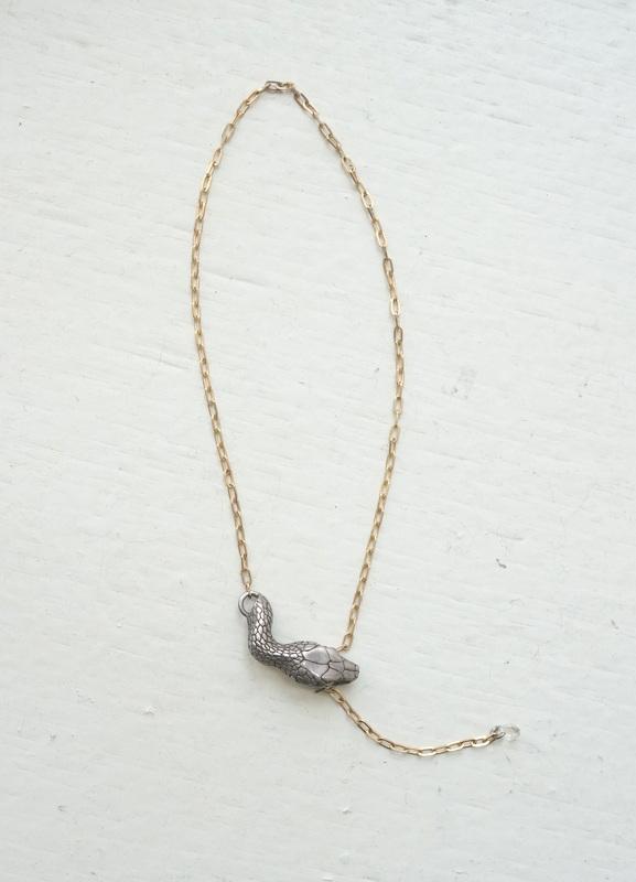 ELCAMI K10噛み付き蛇ブレスレット シルバー (EB-063S)