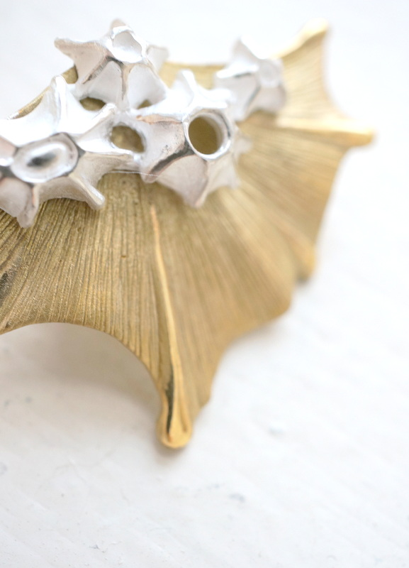 cocoon フィンイヤリング 真鍮