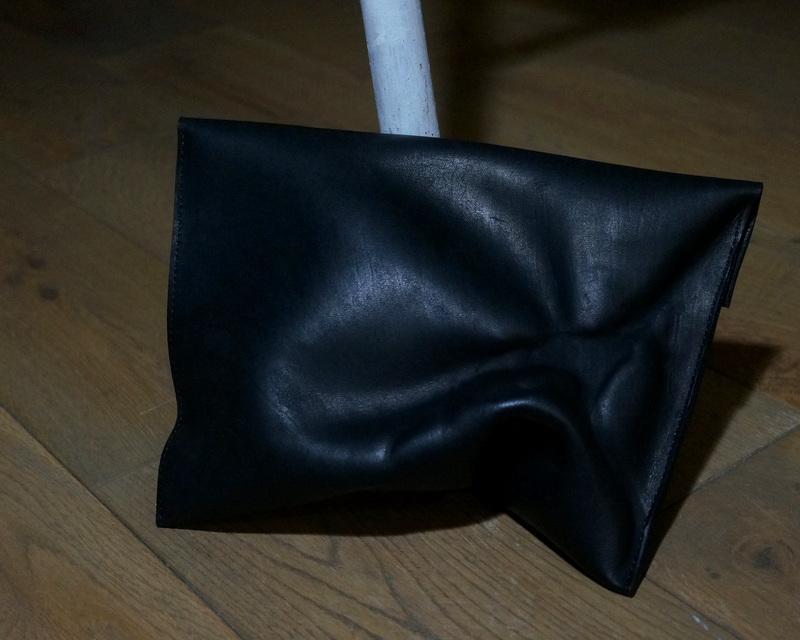 kagari yusuke / 【limited】スキン mini ポーチ