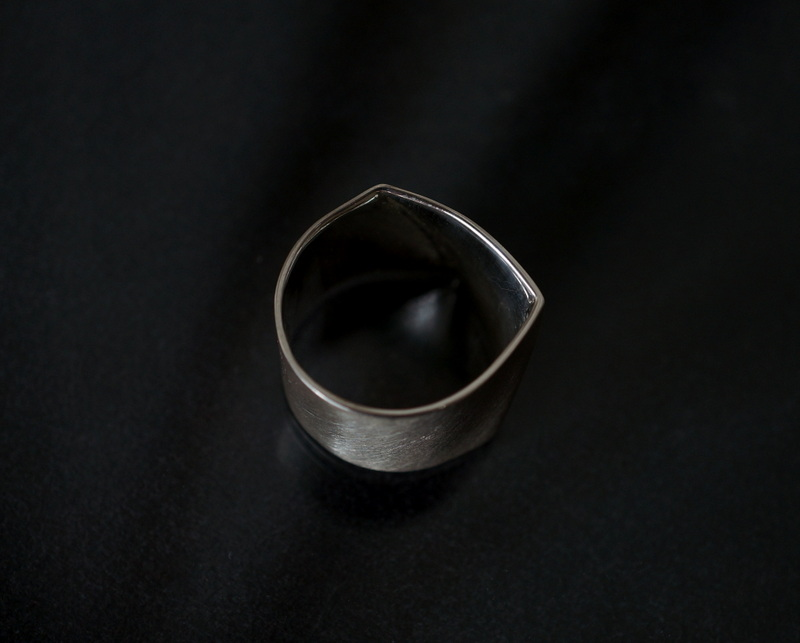 uM / FOLDING METAL LARGE SIZE WIDE RING (マット)