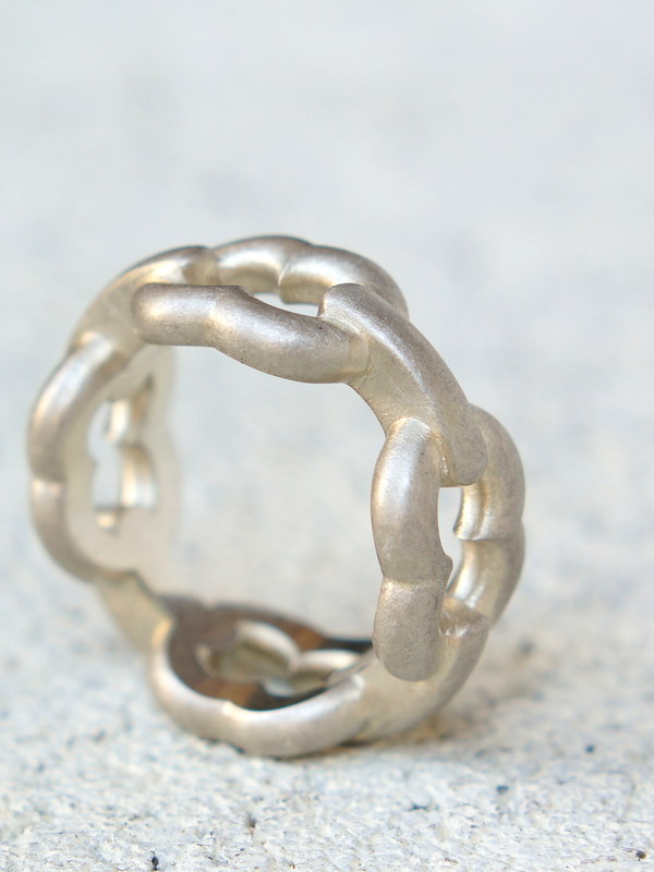 GIFTED / 4LINKED IMPLOSION CHAIN RING SV