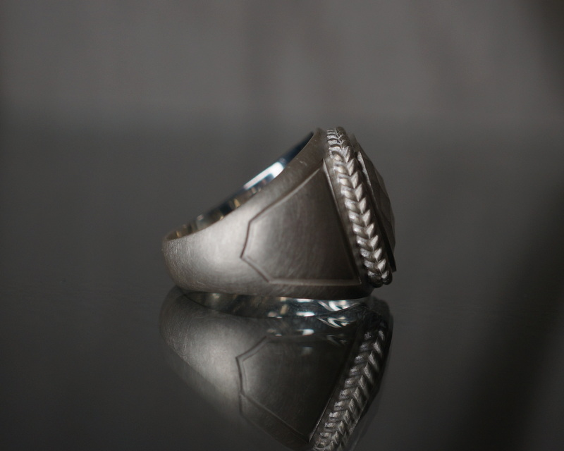 GIFTED/ ARCHE RING L