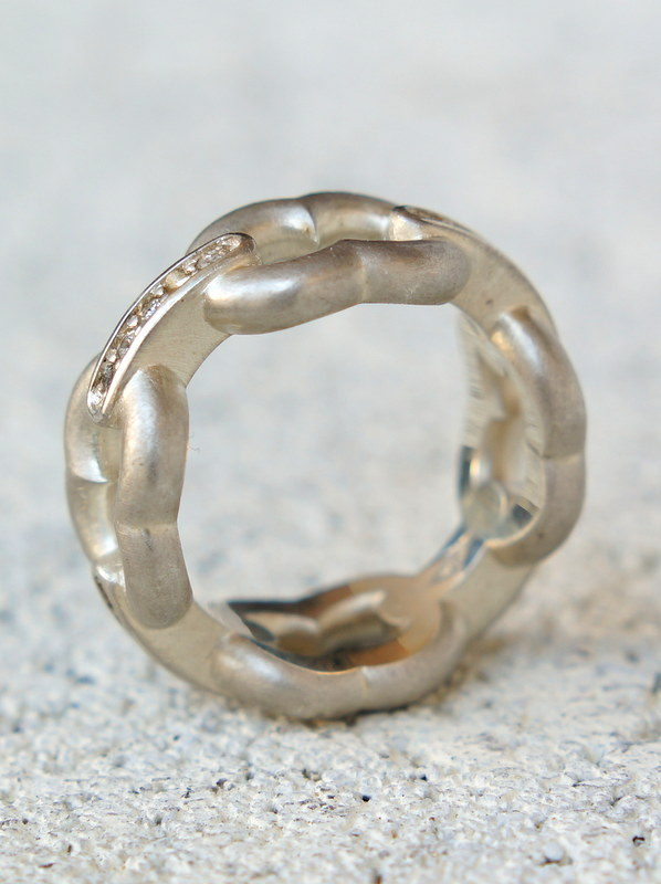 GIFTED/ 4LINKED IMPLOSION CHAIN RING SVD