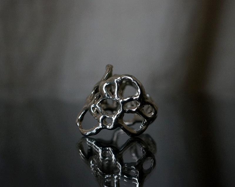 yuka ishikawa / paper cutting ring C