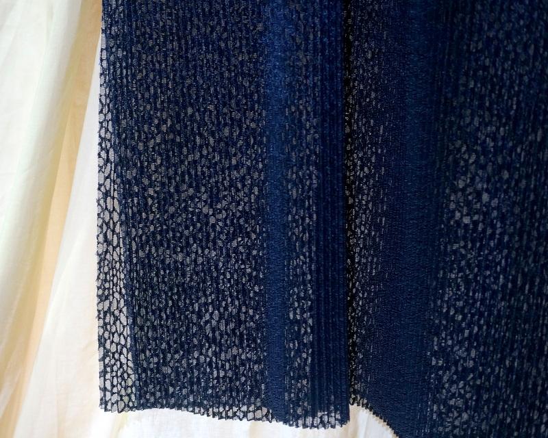 HATRA / Equilibre Neuro Lace Robe  Navy