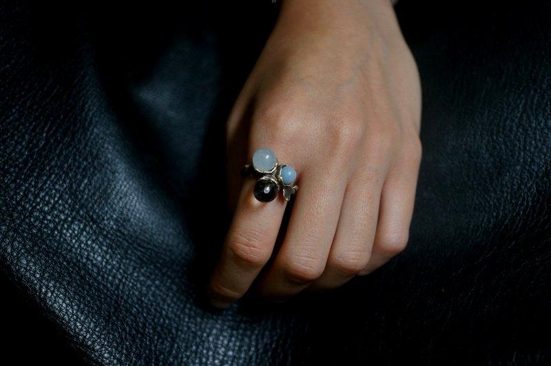 yuka ishikawa  memory branch ring (blue)
