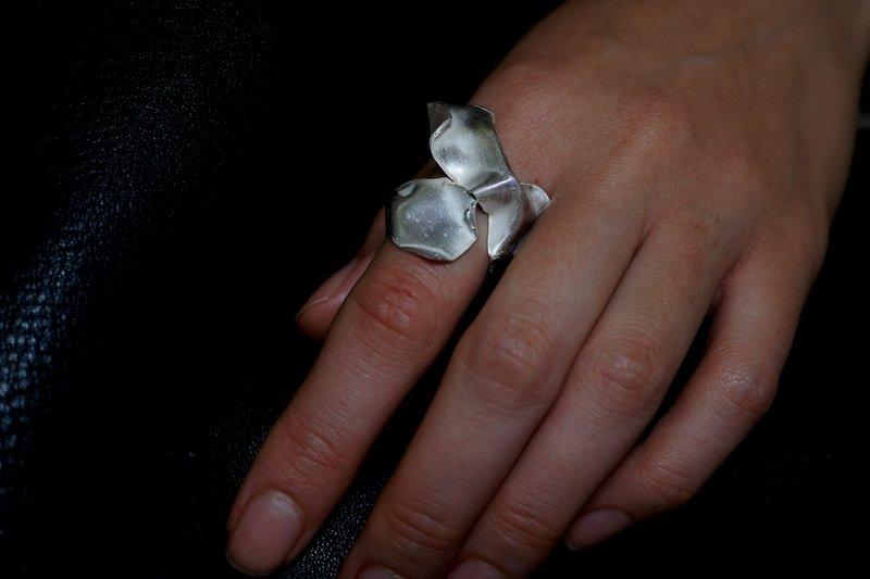 yuka ishikawa  jellyfish ring L