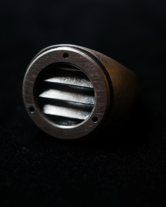 kagari yusuke × GIFTED / duct ring (black)