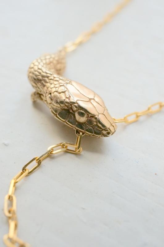 ELCAMI K10噛み付き蛇ブレスレット ゴールド (EB-063G)