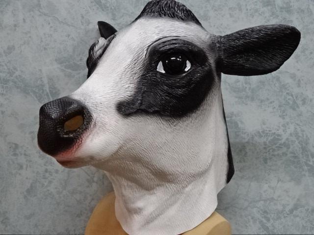 牛のかぶりもの、リアル牛マスク。2021年丑年被り物です。