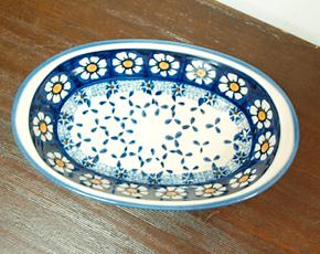 ポーランド陶器 ポーリッシュポタリー 「WIZA」 オーバルグラタン皿 W218-25D カモミール柄/ブルー