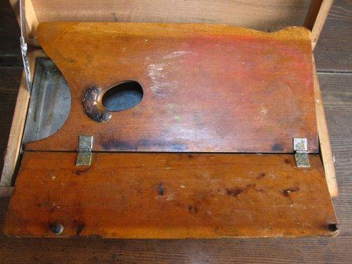古い絵の具・画材セットの木箱 03