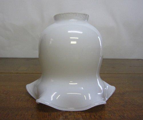 電笠 03 乳白ガラスのフリル
