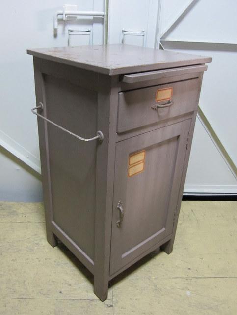 FS012 古い収納棚 床頭台