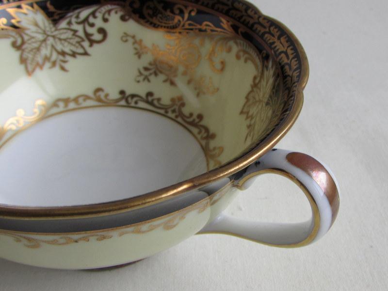 オールドノリタケ スープカップ 金彩黒色