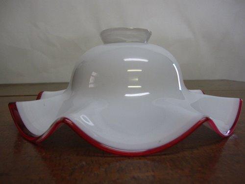 電笠 02 乳白ガラスのフリルタイプ 赤