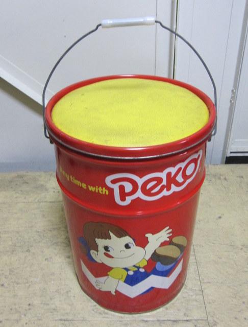 不二家 ペコちゃんの大きな缶 スツール缶