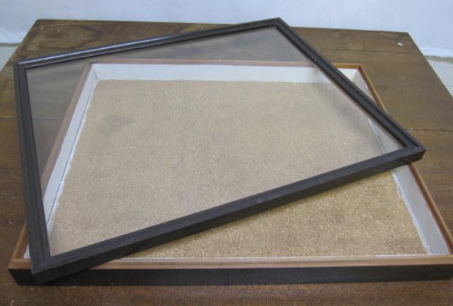木枠の平置きガラスケース コレクションボックス ガラス入り木箱