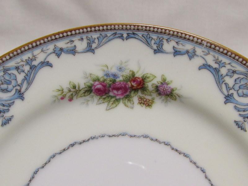 ナルミ 花柄のカップ&ソーサー ケーキ皿 トリオ