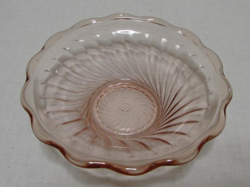 レトロなプレスガラス 氷皿 ピンク 3点セット