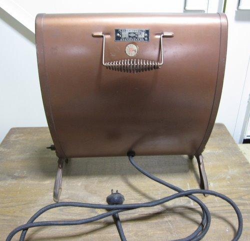 EH003  日本電熱器製造 電気ストーブ ベスト廻轉式角型ストーブ