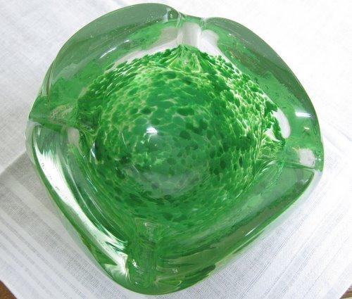 ガラスの灰皿 アッシュトレイ 02 グリーン