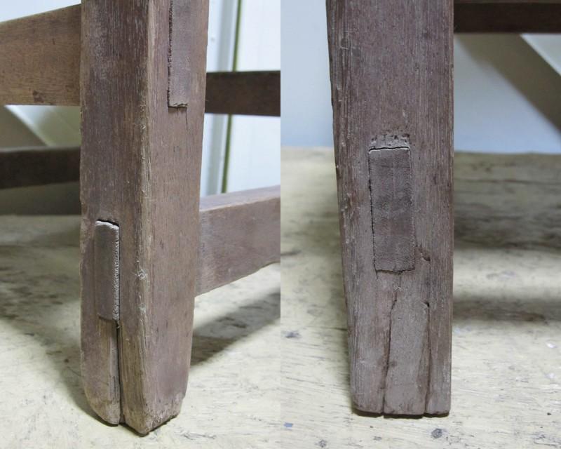 古い子供用の椅子