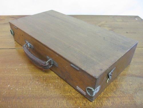 古い絵の具セット 木箱 01
