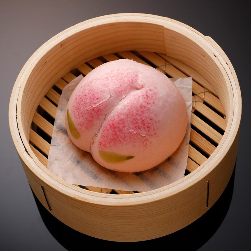 桃まん 白桃あんが楽しめる見た目もかわいいお饅頭